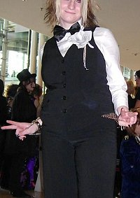 Cosplay-Cover: Uruha (Silly God Disco Kellner Outfit)
