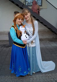 Cosplay-Cover: Anna of Arendelle