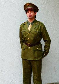 Cosplay-Cover: Bucky Barnes (Service Uniform)