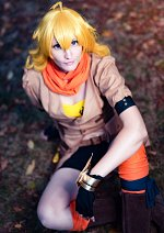 Cosplay-Cover: Yang Xiao Long (Akainess)