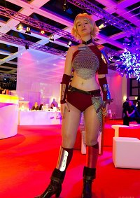 Cosplay-Cover: Female Warrior