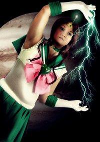 Cosplay-Cover: Super Sailor Jupiter