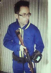 Cosplay-Cover: Vault 101 Dweller (Fallout 3)