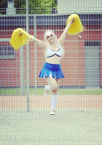 """Cosplay-Cover: Super Sonico """"Cheerleader Outfit"""""""