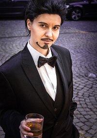 Cosplay-Cover: Tony Stark [Smoking]
