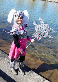 Cosplay-Cover: Melia