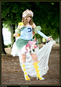 Cosplay-Cover: White Rose