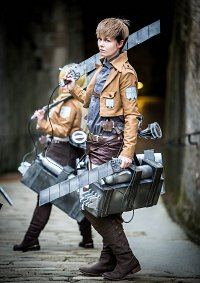 Cosplay-Cover: Jean Kirstein