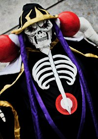 Cosplay-Cover: Ainz Ooal Gown (アインズ・ウール・ゴウン)