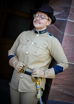 "Cosplay-Cover: XXX Theodore Roosevelt ""Teddy"" (Nachts im Museum)"
