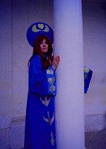 Cosplay-Cover: Anastasia Romanov (child)