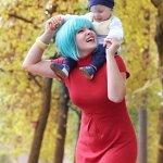 Cosplay: Bulma with Babytrunks (Movie 8)