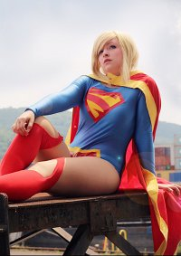 Cosplay-Cover: Kara Zor-El
