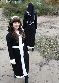 Cosplay-Cover: Schwester Shinsha