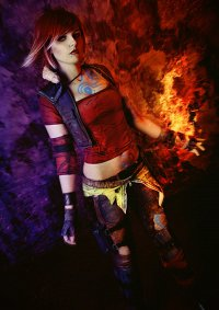 Cosplay-Cover: Lilith the Siren aka. Firehawk