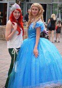 Cosplay-Cover: Cinderella Ballkleid