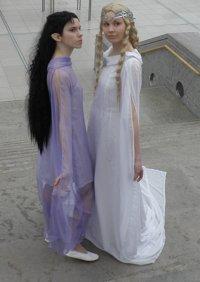 Cosplay-Cover: Arwen Undomiel ~ Dream Gown