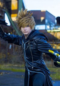 Cosplay-Cover: Roxas [Organisationsmantel]