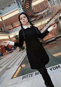 Cosplay-Cover: Wednesday Addams [Addams Family]