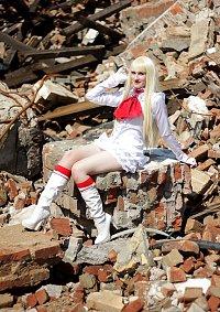 Cosplay-Cover: Emilie de (Lili) Rochefort