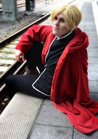 Cosplay-Cover: Alphonse Elric [Conqueror of Shamballa]