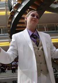 Cosplay-Cover: Metatron - BusinessVersion