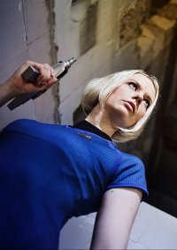 Cosplay-Cover: Dr. Carol Marcus
