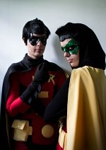 Cosplay-Cover: Damian Wayne [Robin V]