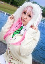 Cosplay-Cover: Super Sonico [[Bunny Sweater]]