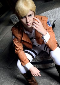 Cosplay-Cover: Erwin Smith [Scouting Legion]