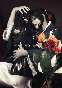 Cosplay-Cover: Muzan Kibutsuji [female]