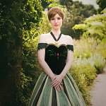 Cosplay: Anna von Arendelle [Coronation Dress]
