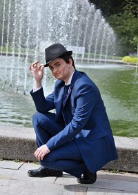 Cosplay-Cover: Neal Caffrey *White Collar Season 3 Promo*