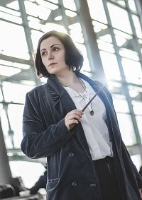 Cosplay-Cover: Tina Goldstein