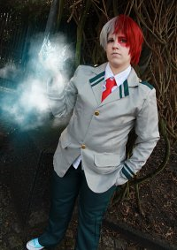 Cosplay-Cover: Todoroki Shouto [School]