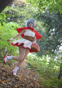Cosplay-Cover: Rem [Red Riding Hood]