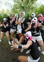 Cosplay-Cover: Team Skull Rüpel