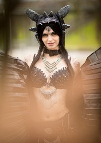 Cosplay-Cover: Nightfury Bellydance Gijinka