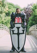 Cosplay-Cover: Crusader