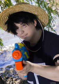 Cosplay-Cover: Monkey D. Luffy [Share the World - Opening]