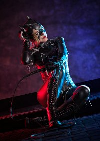 Cosplay-Cover: Catwoman ( battle damaged )