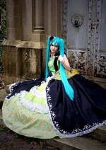 Cosplay-Cover: Miku Hatsune [Story of Evil]