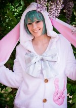 Cosplay-Cover: Miku Hatsune [Bunny Ear Hoodie]