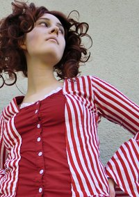 Cosplay-Cover: Mrs Lovett (by the sea red&white striped dress)
