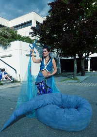 Cosplay-Cover: blue snake queen