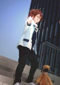 "Cosplay-Cover: Taichi ""Tai"" Yagami (Tri 'Schooluniform')"