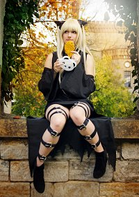 Cosplay-Cover: Golden Darkness / Yami