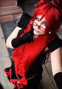 Cosplay-Cover: Grell Sutcliff [[Musical Ballgown]]