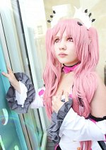 Cosplay-Cover: Krul Tepes [Alternative Outfit]