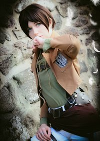 Cosplay-Cover: Eren Jäger (Survey Corps)